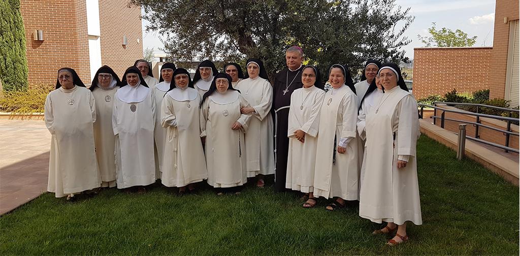 Grupo de abadesas de la Federación de Santa Beatriz de Silva Castilla