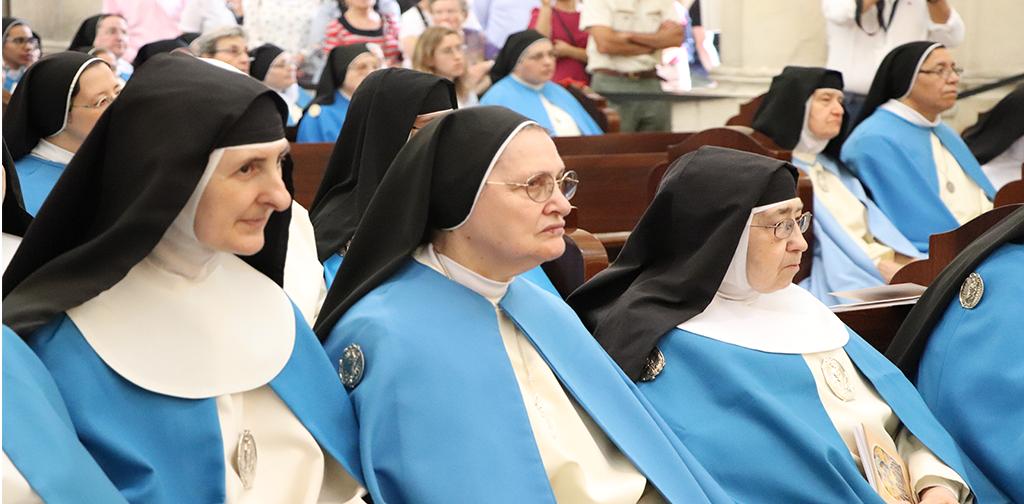 monjas concepcionistas franciscanas durante beatificación